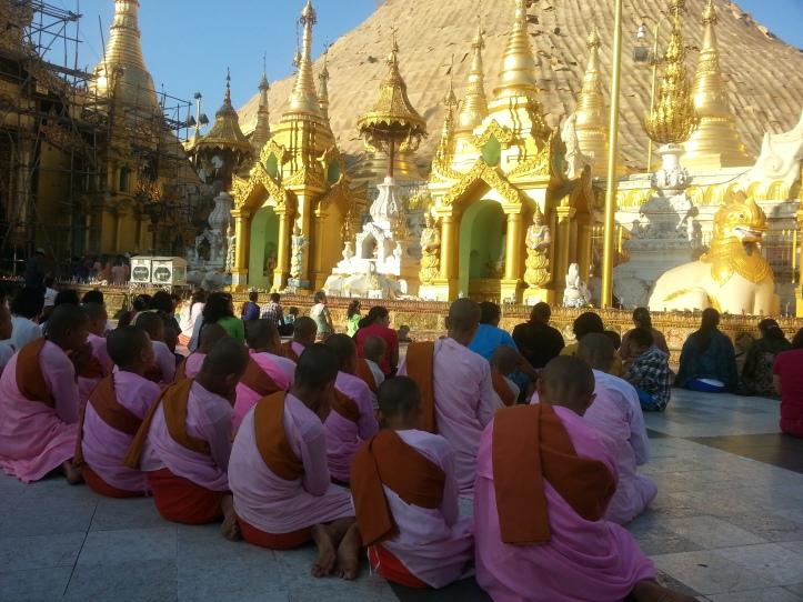 ShweDaGon Paya (Pagoda) 9